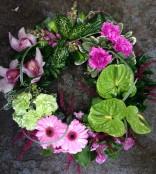 Modern grouped wreath